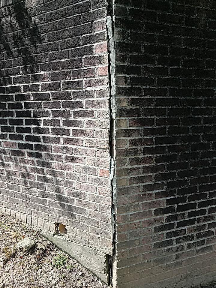 Snellville GA Foundation Crack